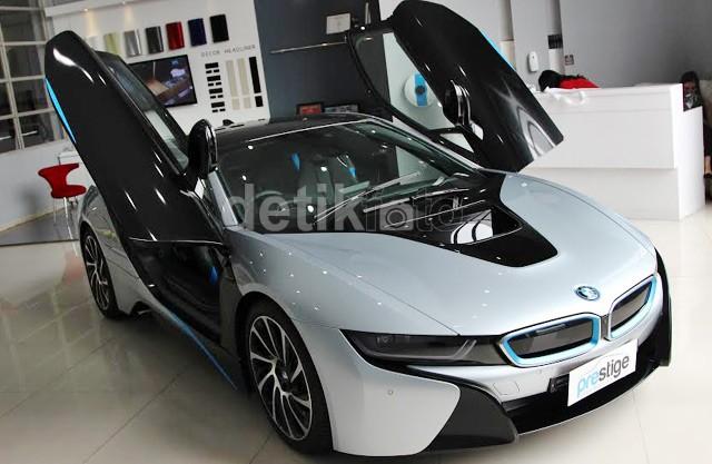 BMW i8 Hadir di Indonesia