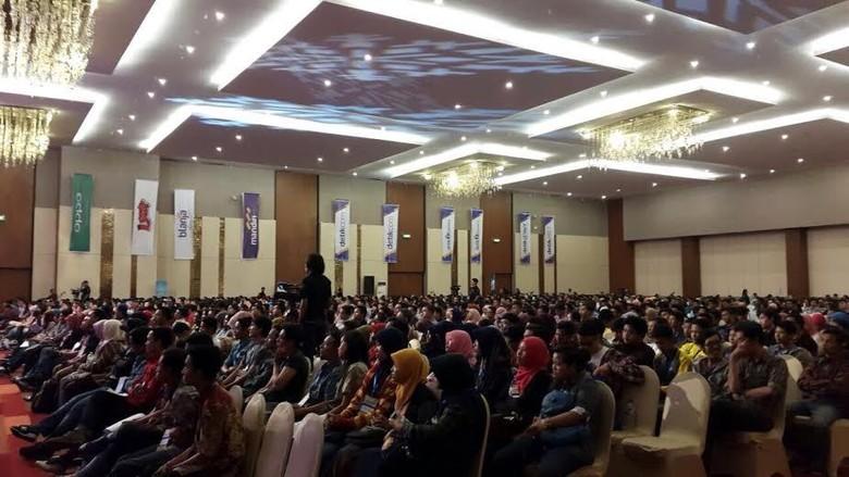 Ribuan Orang Padati Acara dPreneur Spesial Surabaya