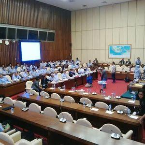 Menteri Susi Dipanggil Jokowi, Rapat dengan Komisi IV DPR Ditunda