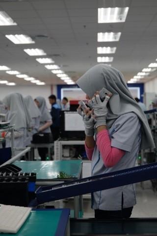 Samsung Produksi Ponsel di Bekasi, Keuntungan Importir Menipis