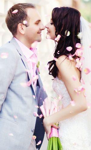 Daftar 20 Lagu Paling Favorit untuk Pernikahan