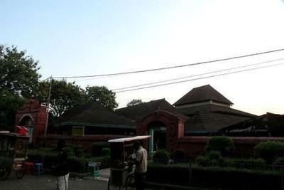 Wisata Spiritual di Cirebon, Ini 4 Destinasinya