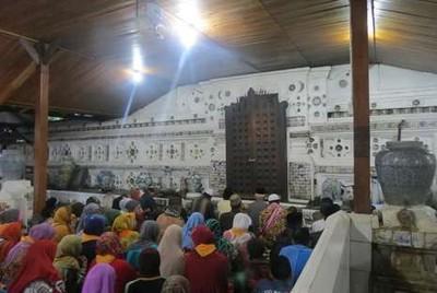 Sambut Ramadan, Yuk Telusuri Jejak Wali Songo