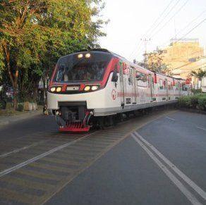 Bangun Trem Surabaya, Risma: Taman Tak Boleh Diutak-atik