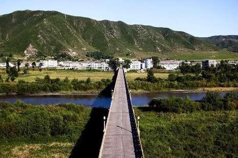 Perbatasan China-Korut di Kota Tumen (Benjamin Lowy/Getty Images)