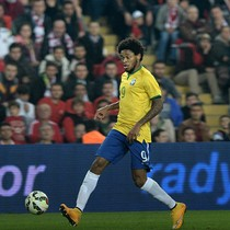 Luiz Adriano Tak Sabar Segera Latihan dan Main Bersama Milan