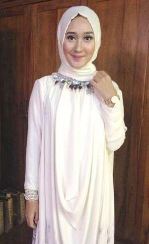 Trik Public Speaking dari Dian Pelangi Untuk Finalis Sunsilk Hijab Hunt