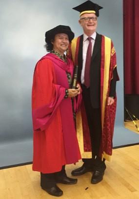 Andrea Hirata Raih Penghargaan Sastra Internasional dari Universitas Warwick