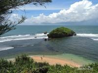 Panorama Pantai Ngandong