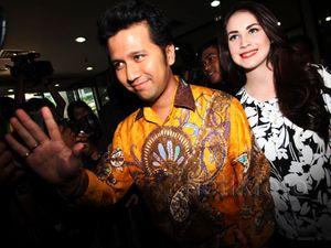 Arumi Bachsin Antar Suami Lapor Kekayaan ke KPK