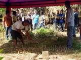 Polisi Bongkar Makam Rian di Garut