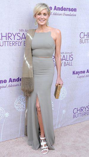 Sharon Stone Pose Tanpa Busana di Usia 57, Ngaku Awet Muda karena Filler