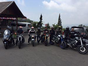 Menikmati Alam Indonesia Sambil Menggeber Moge Yamaha