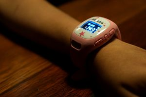Smartwatch Penangkal Anak Hilang