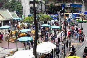Suasana Terbaru di Kuil Erawan Bangkok Pasca Ledakan Bom