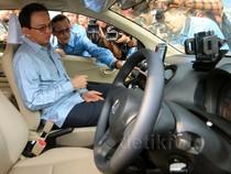 Ahok Hadiri Peluncuran Taksi MPV Blue Bird