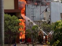 Gardu Listrik Kembangan Terbakar
