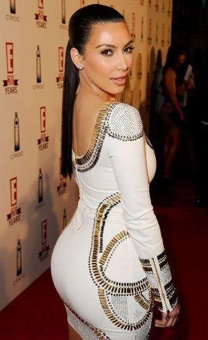 Demi Mirip Kim Kardashian, Pria Ini Habiskan Rp 1,5 M untuk Operasi Plastik