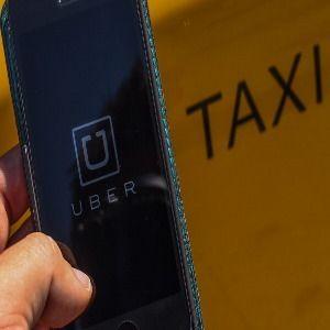 Uber Kecewa Dilarang Beroperasi di Bandung