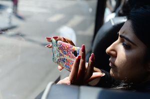 Memotret dari Bus saat City Tour, Penuh Kejutan di Tiap Pengkolan