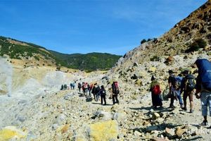 Pemkab Garut Sulit Cegah Kebakaran di Gunung Papandayan