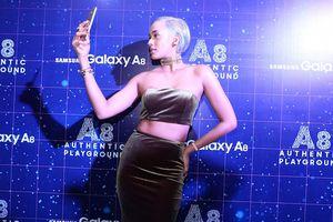 Ponsel Tertipis Samsung Mendarat di Indonesia