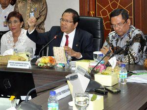 Rizal Ramli Pimpin Rapat Bahas Garam Impor