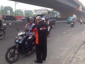 Komunitas Mobil Bantu Masyarakat di Daerah Bahaya Asap