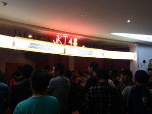 Tak Pernah Bosan Bertemu Idola Cantik di Teater JKT48