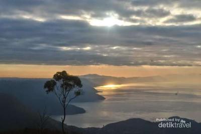 Aneka Tempat Wisata Akhir Pekan di Brastagi & Danau Toba