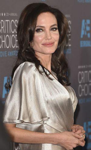 Angelina Jolie Antusias Masuki Usia 50 Tahun