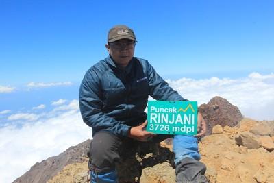 Kisah Ericks Rachmat, Pendaki 7 Puncak Tertinggi Indonesia