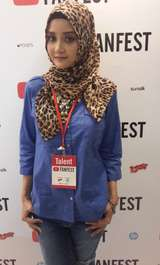 Linda Kahyz, Blogger Kecantikan Berhijab yang Populer di YouTube