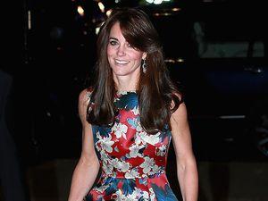 Stunning! Kate Middleton Menawan Dibalut Dress Floral
