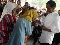 Jokowi Sapa Korban Kabut Asap