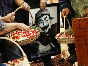 Jambu, Encok, dan Budaya Bangsa: Mengenang Pak Raden