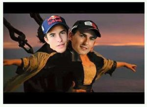 Meme Akhir Drama Rossi vs Marquez vs Lorenzo