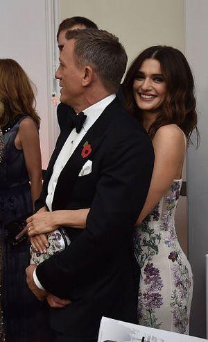 Mau Tubuh Seksi? Intip Kiat Rachel Weisz, Bond Girl Pilihan Daniel Craig