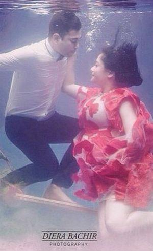 Setelah Foto Raffi-Gigi, Diera Bachir Ketagihan Buat Foto Hamil Underwater