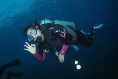 Melihat Bangkai Kapal Perang Amerika di Bawah Laut Bali
