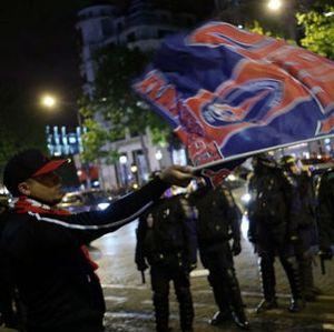 Konflik Suporter Multikultural Paris