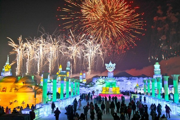 Harbin Ice and Snow Festival di China (howellsforphan/Twitter)