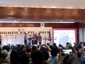 Di Depan Ical, Jokowi Pamer Pembangunan Infrastruktur