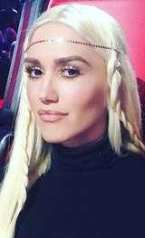 Dari Retro Hingga Tribal, Berbagai Gaya Rambut Unik Gwen Stefani