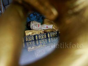 Melihat Patung Buddha Raksasa di Bogor