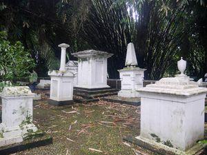 Makam Belanda, Spot Anti Mainstream di Kebun Raya Bogor