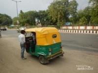 Naik bajaj di India jauh menyenangkan