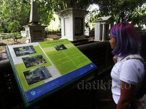 Mengunjungi Makam Belanda di Kebun Raya Bogor