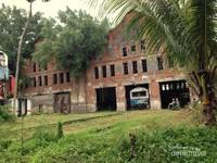 Gedung tua yang pernah dipakai untuk bengkel kereta api