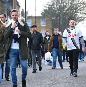 Tottenham Sanders dan Leicester Corbyn